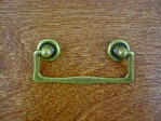 Antique brass bungalow rosette/drop handle CH-1505.09